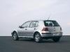10_Volkswagen_Golf_Wallpaper.JPG